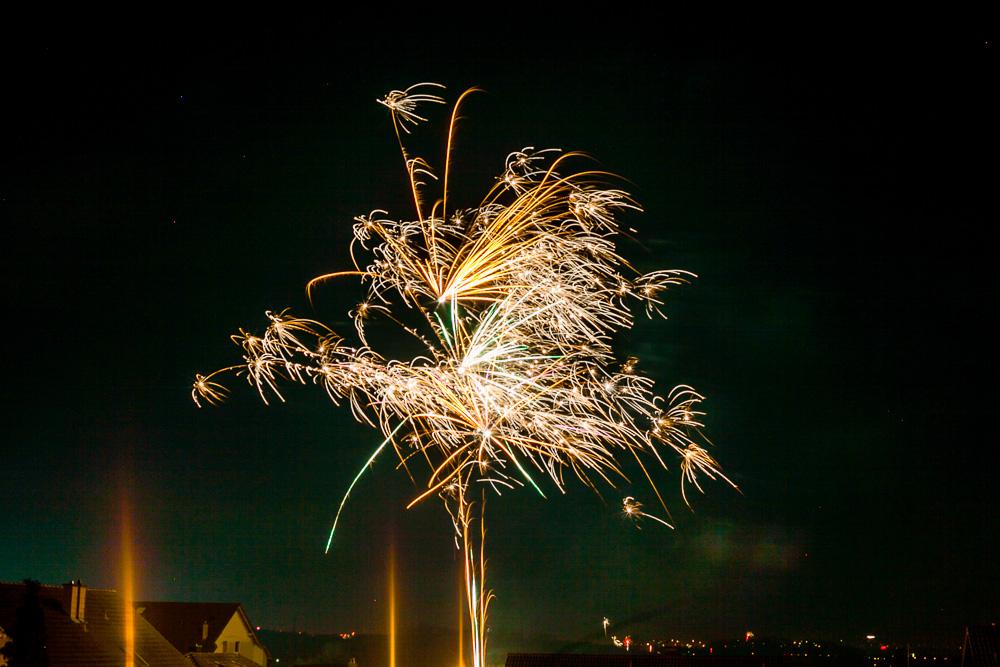 Fototipp Feuerwerk fotografieren Silvester Langzeitbelichtung