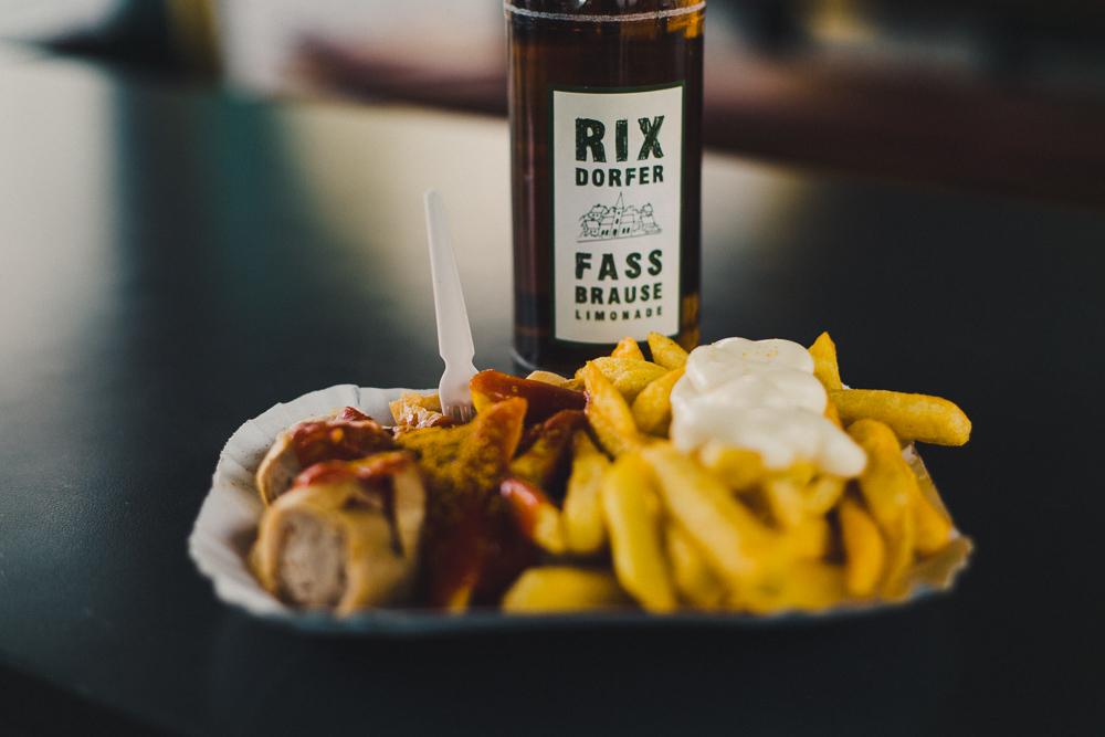 Konnopke Currywurst Fassbrause Berlin