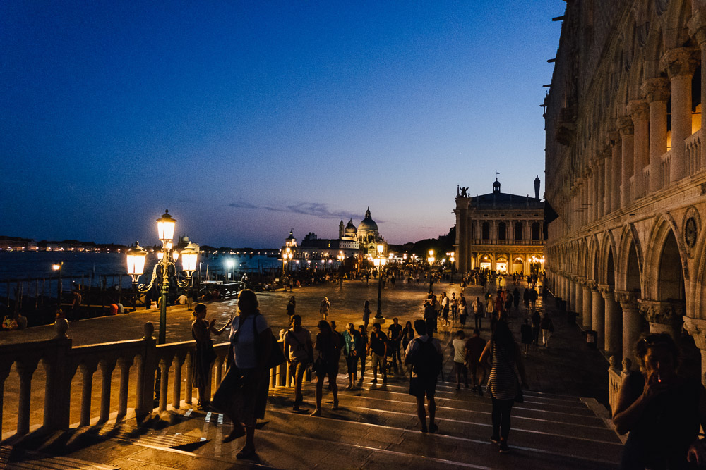 Venedig Italien Street Photography Markusplatz